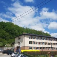 Završeni radovi na sanaciji krovne konstrukcije zgrade srednje škole